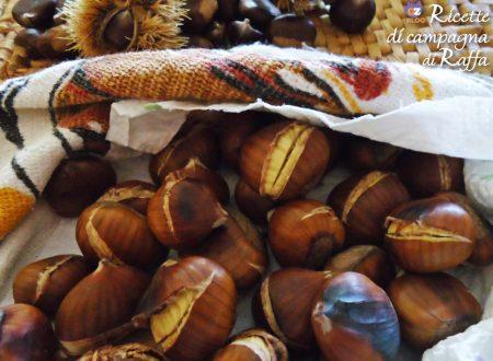 Castagne in padella e spiedini con miele o cioccolato