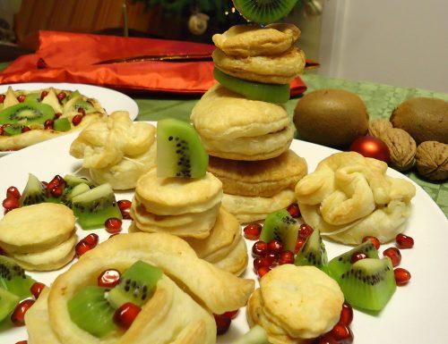 Antipasti pasta sfoglia e kiwi
