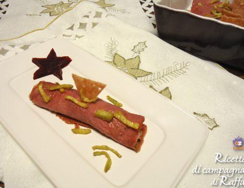 Crêpes di barbabietola rossa con stracchino, funghi e zenzero fritto