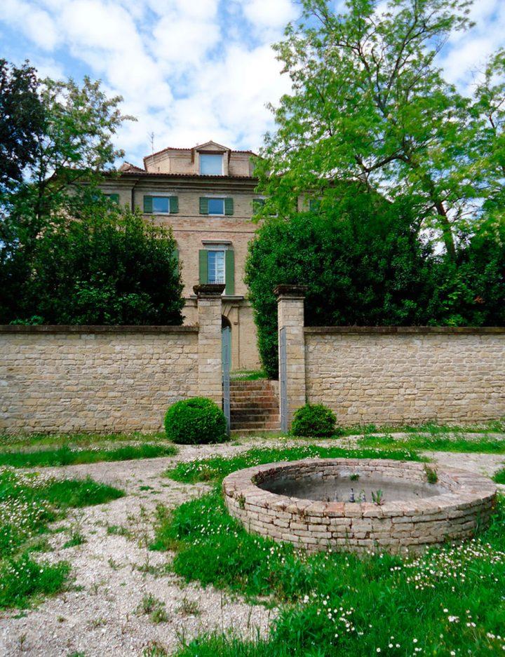 Villa Favorita story ora sede ISTAO ex Villa Ricotti - giardino