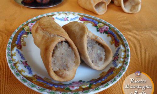 Cannoli con crema di castagne