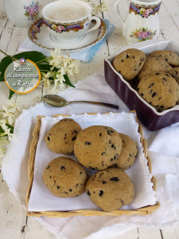 Biscotti integrali al kefir con mirtilli