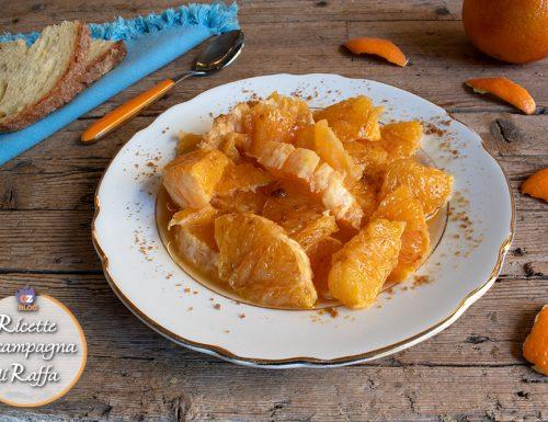 Arancia condita con olio e zucchero
