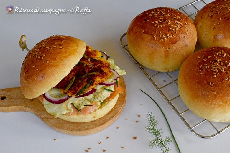 Hamburger asparagi selvatici e salmone