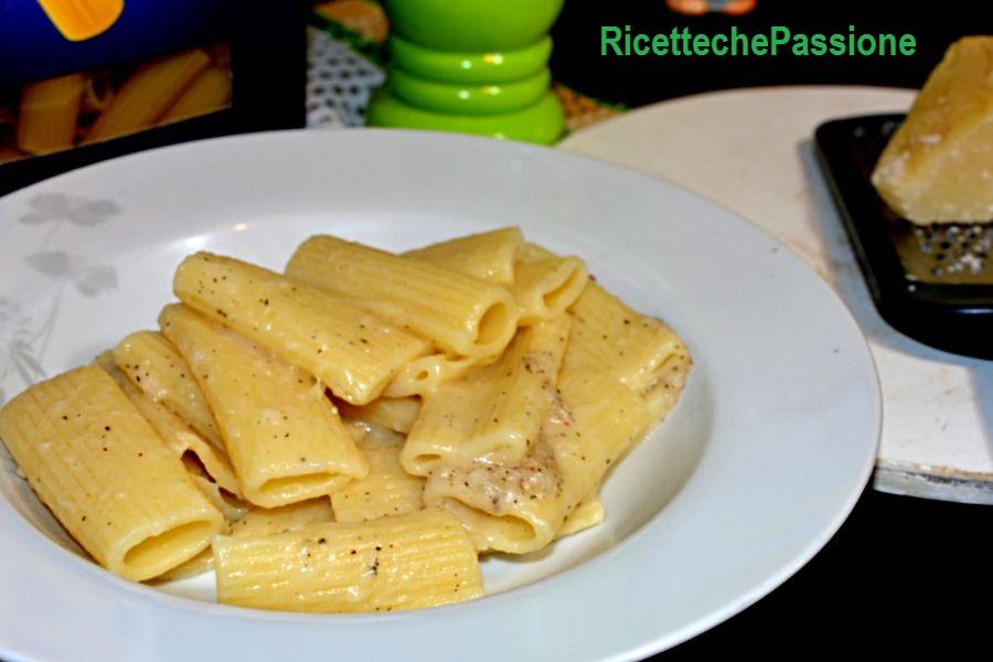 Pasta Cacio e Pepe - Ricette che Passione
