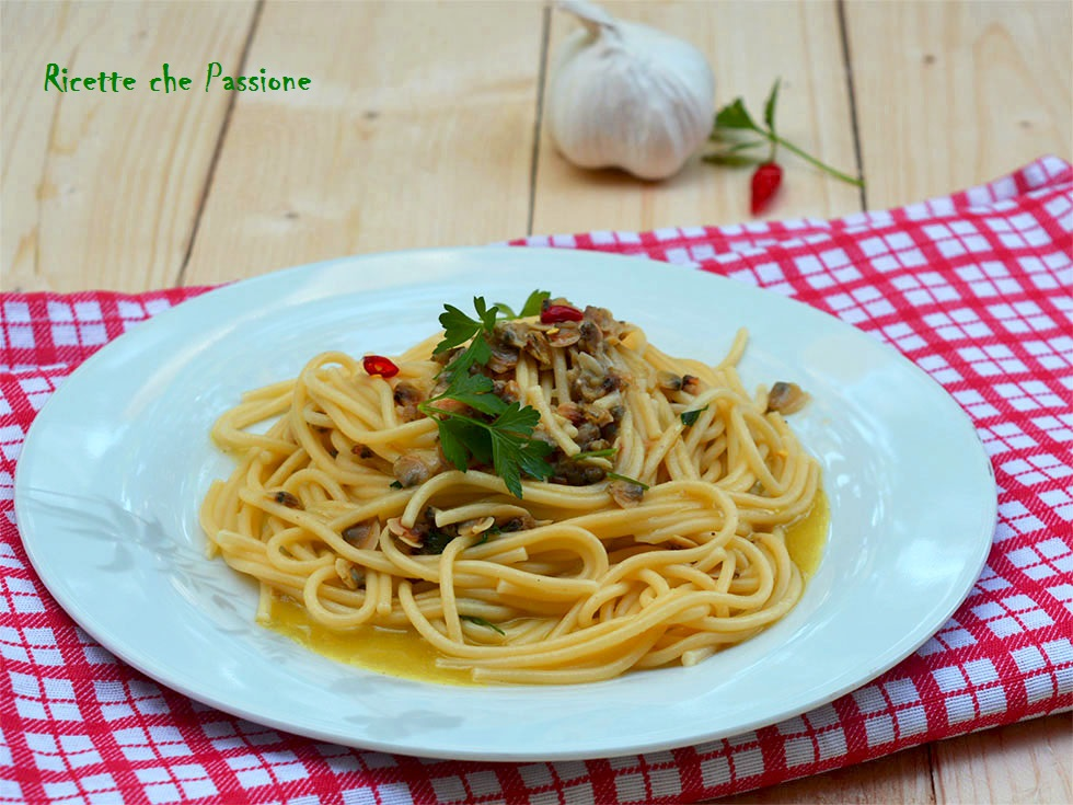 spaghetti con vongole surgelate - ricette che passione - Come Cucinare Le Vongole Surgelate