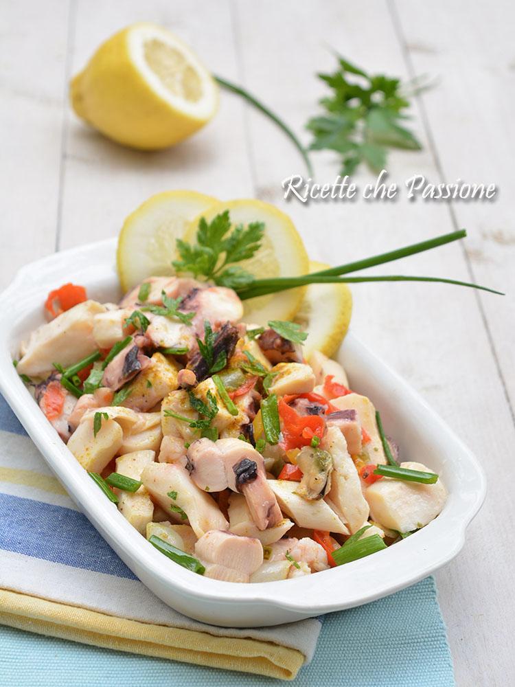 come condire insalata di mare pronta