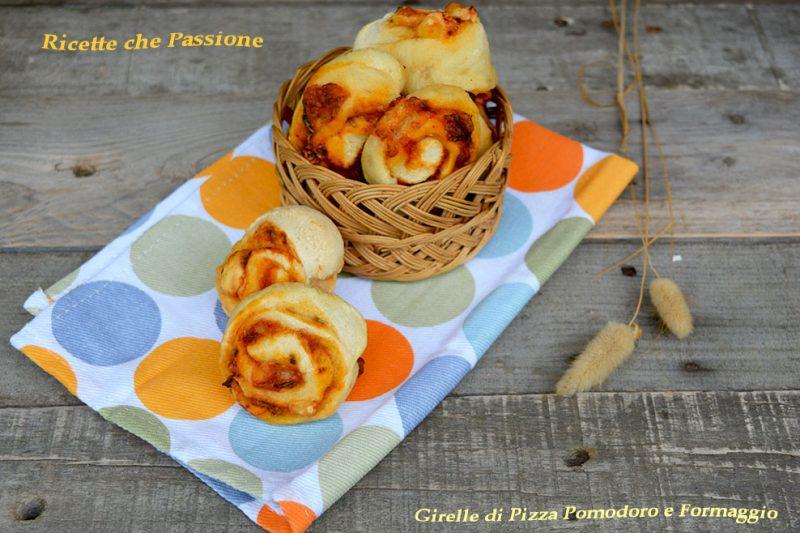Girelle di Pizza Pomodoro e Formaggio