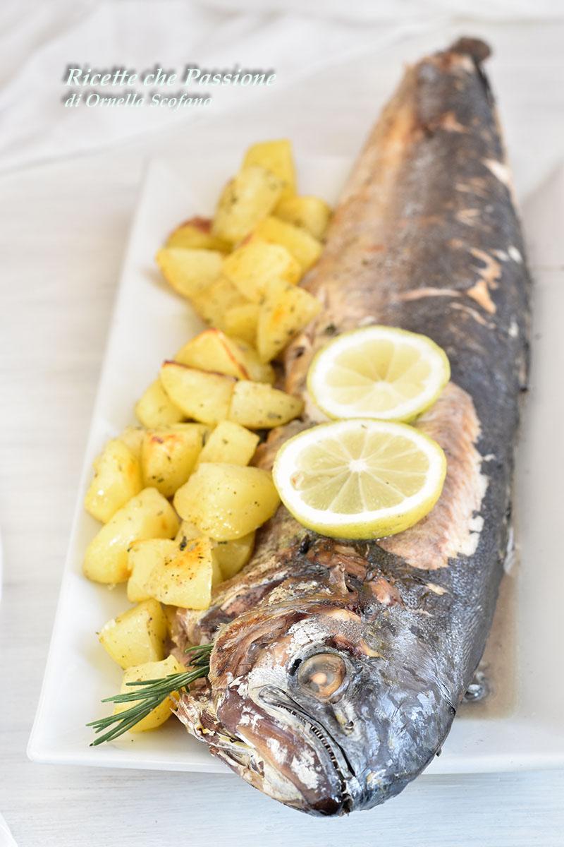 Pesce Al Forno Con Patate Con Pesce Lampuga Ricette Che Passione