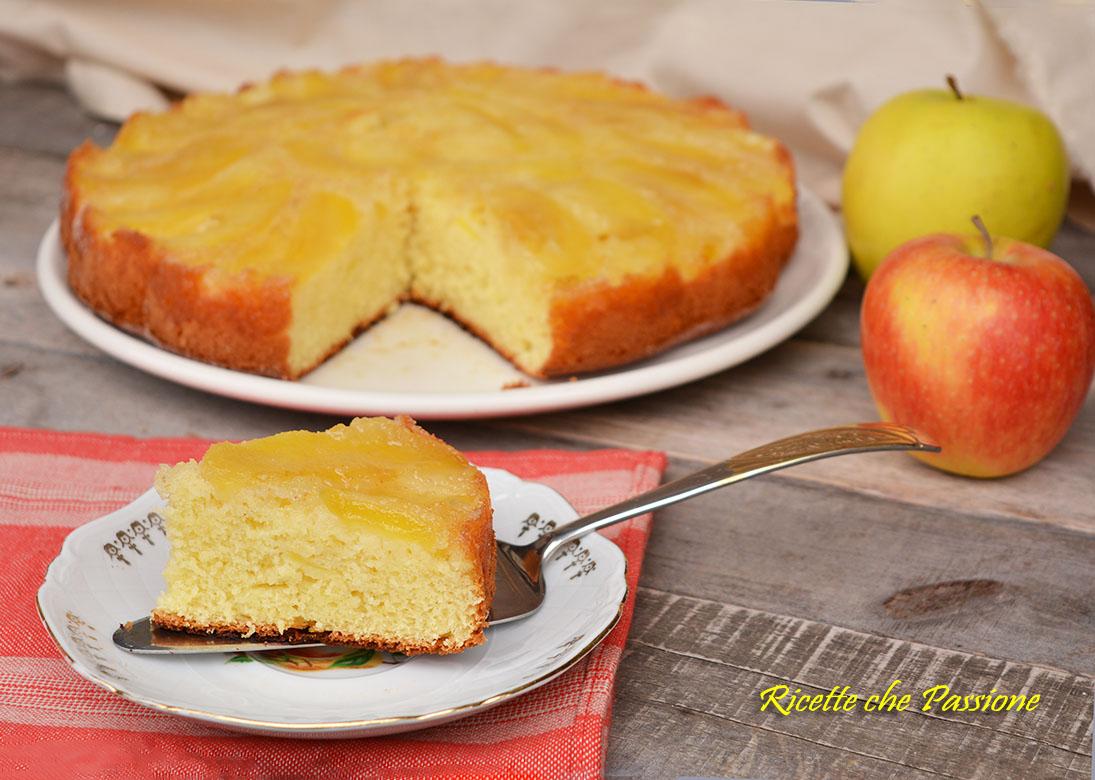 Torta di mele rovesciata allo yogurt