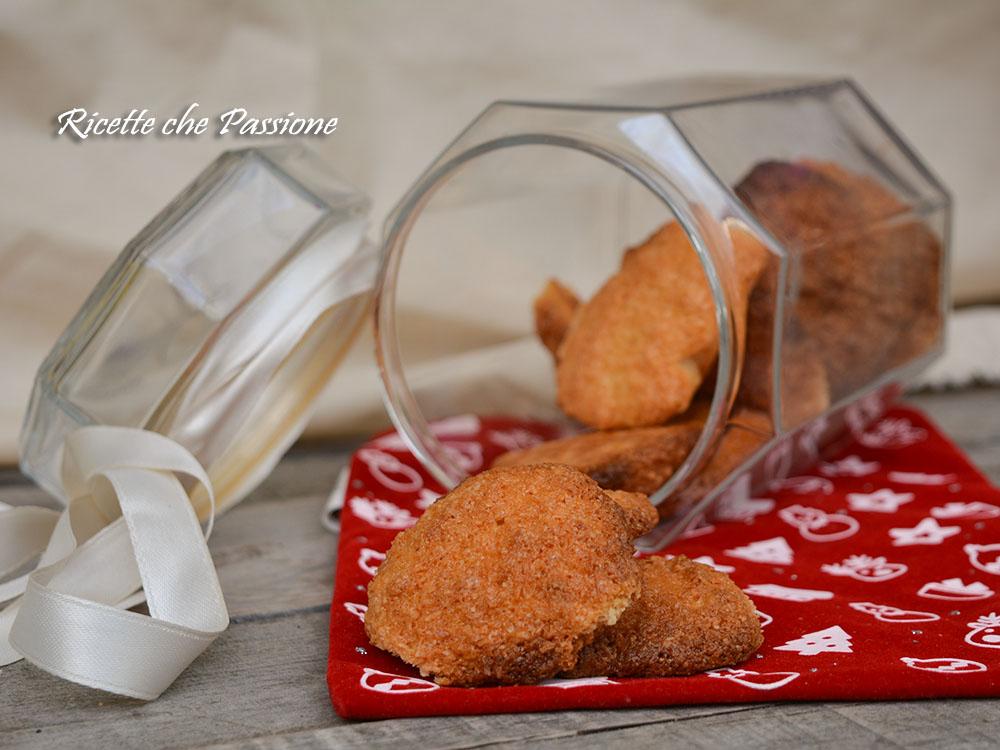 Biscotti al cocco croccanti senza burro