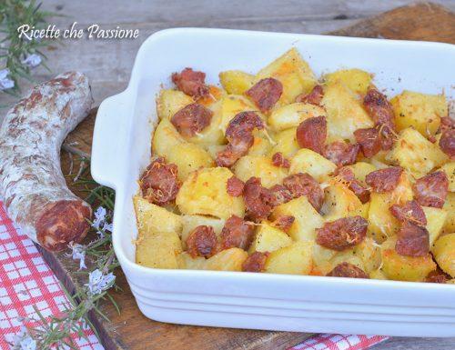 Patate al Forno con Salsiccia Calabrese