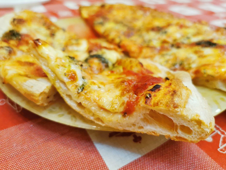 pizza fatta in casa buona come in pizzeria