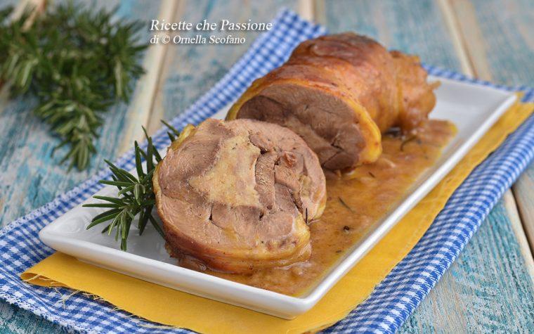 Cosciotto di pollo ripieno con salsiccia