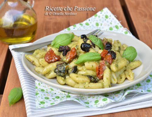 Pasta pesto e pomodori secchi – Cremosissima