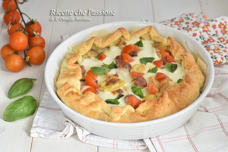 Sfoglia con patate wurstel e mozzarella