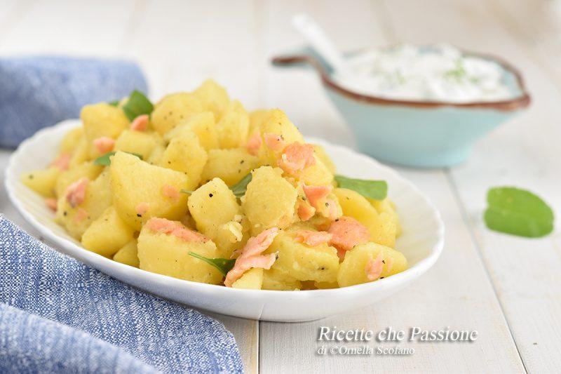 Insalata di patate al salmone affumicato