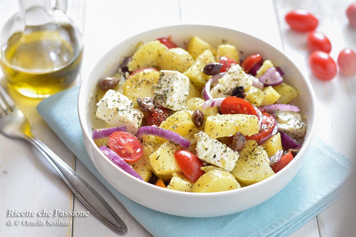 insalata di patate alla greca con feta