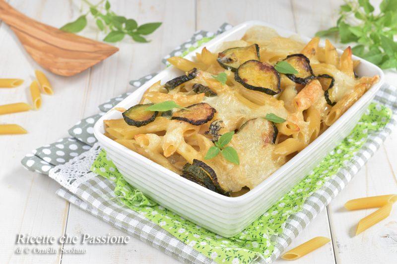 Pasta al forno con zucchine e formaggi