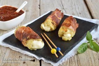 involtini di patate con mozzarella e speck