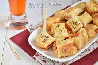 rustici di sfoglia prosciutto e formaggio