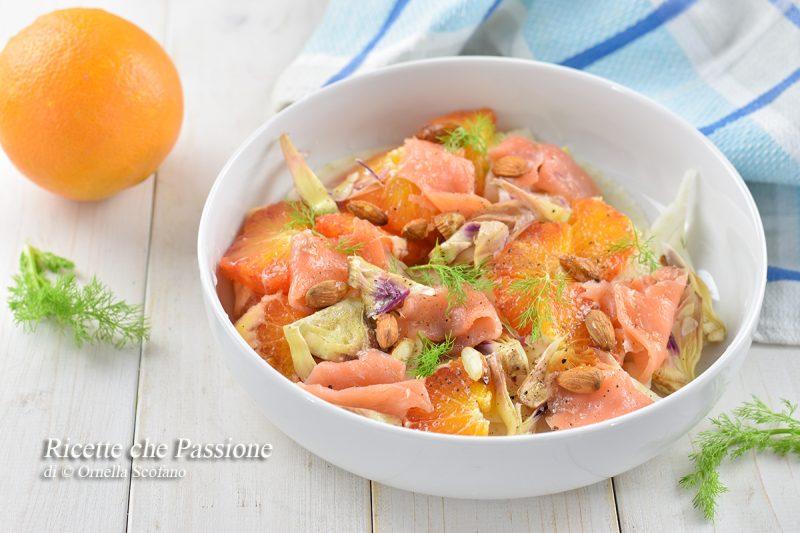 Insalata con salmone affumicato e arance