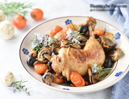 Cosce di pollo con funghi in padella