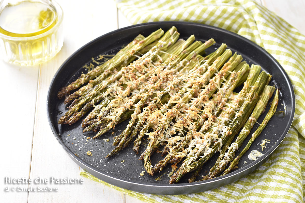 asparagi al forno con parmigiano