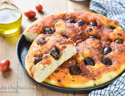 Focaccia pomodoro e olive Sofficissima