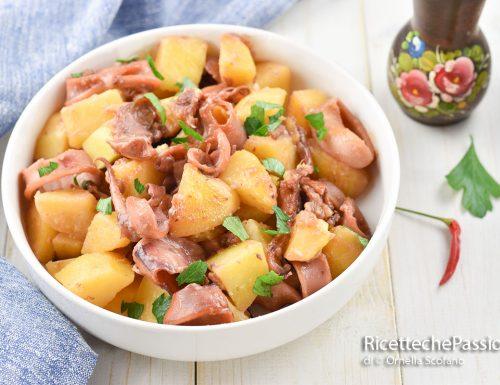 Totani in umido con patate – ricetta gustosa