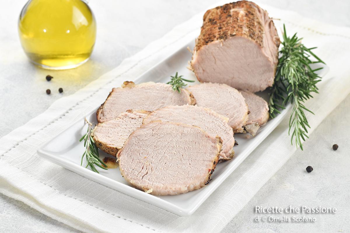 arrosto di maiale al forno con lonza di maiale o arista di maiale