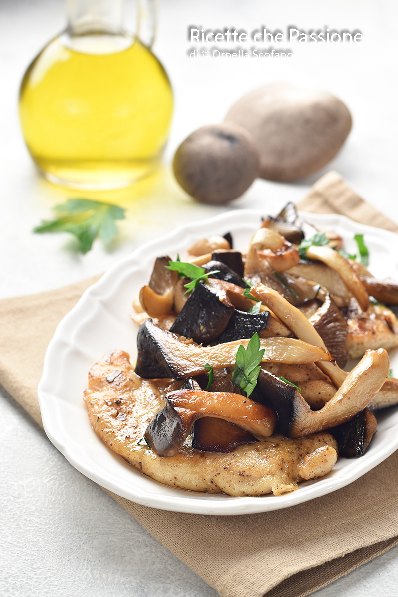 ricetta petto di pollo con funghi cardoncelli