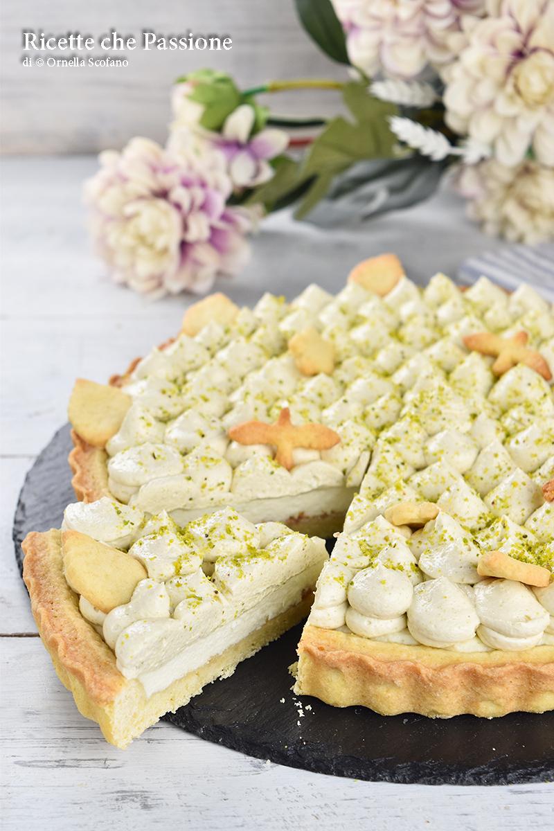 crostata di frolla con crema di ricotta e crema soffice al pistacchio