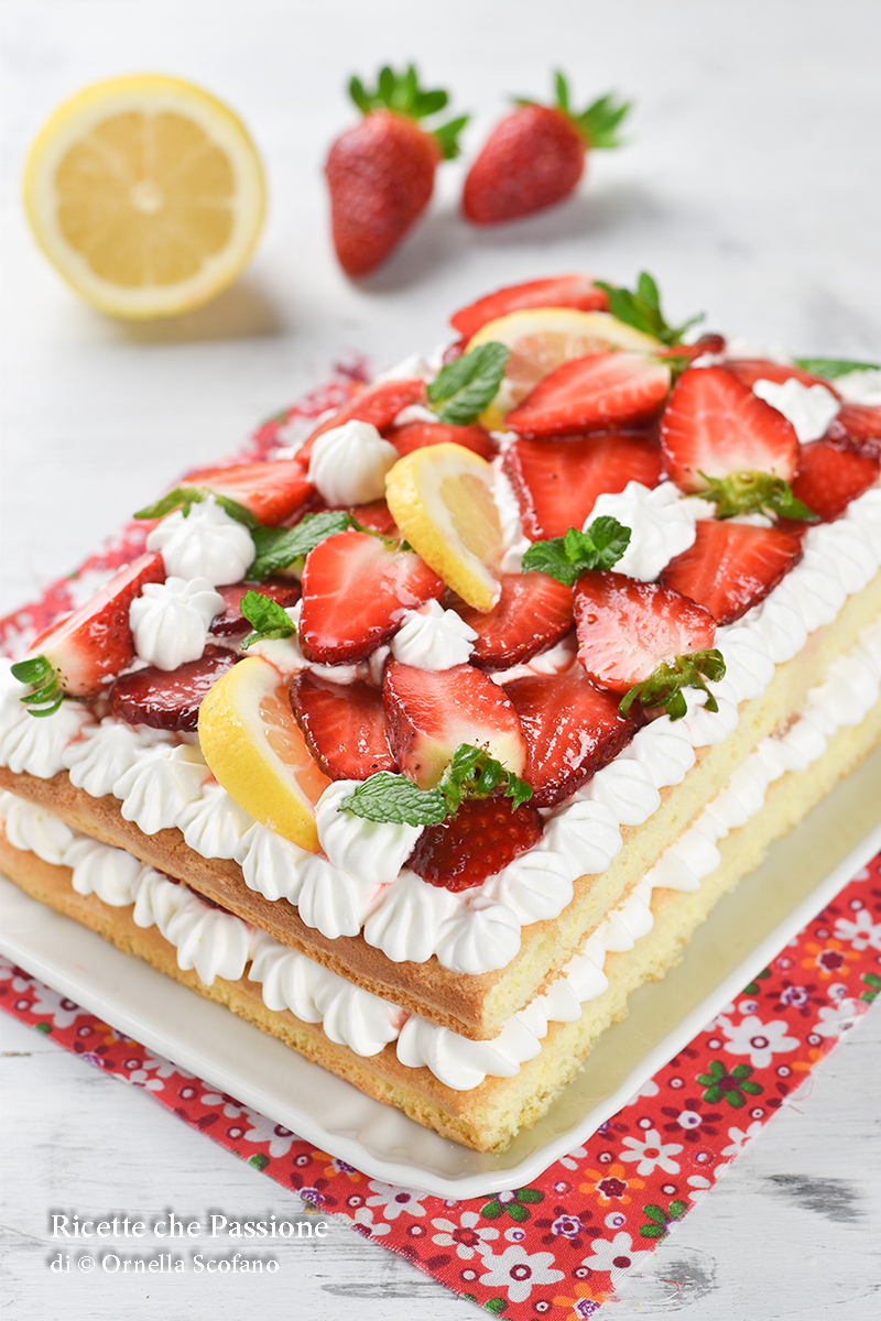 ricetta torta furba panna e fragole fatta in casa