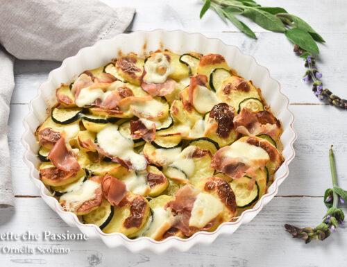 Patate con zucchine al forno sfiziose  con speck e provola