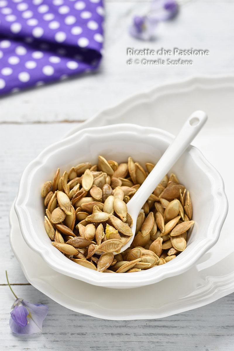 snack di semi di zucca croccanti