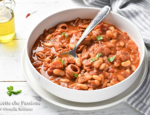 Zuppa di totani e fagioli al pomodoro