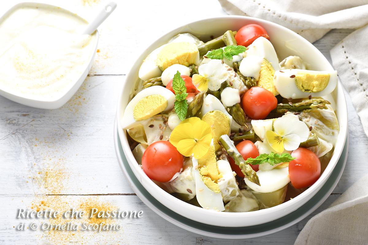 insalata di patate fresca con salsa uova e pomodori