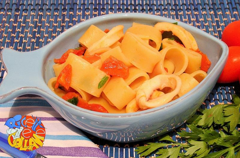 La calamarata tipico piatto della cucina napoletana for Piatto della cucina povera