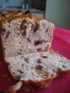 Plumcake infilzato (ricotta, pere e cioccolato)
