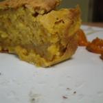 Plum-cake salato con crema di peperoni e sale piccante