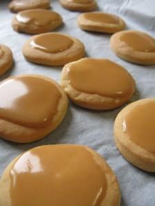 Biscotti ai mandarini con glassa all'amaro Averna