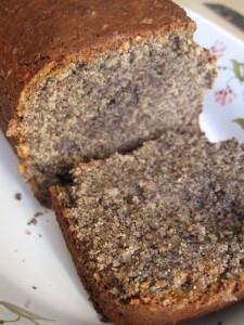 Plum-cake di grano saraceno e mandorle