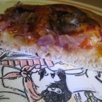 Pizza alle cipolle di Tropea e olive taggiasche