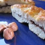 Focaccia dolce con crema gianduja di nocciole