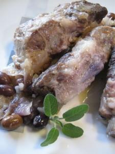 Costine di maiale con olive taggiasche