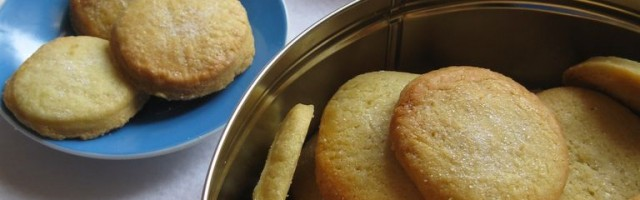 Biscotti danesi al burro - Danish butter cookies
