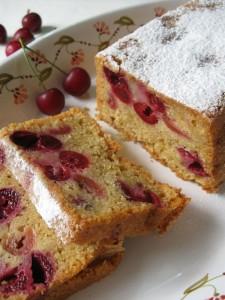 Plum-cake alle ciliegie