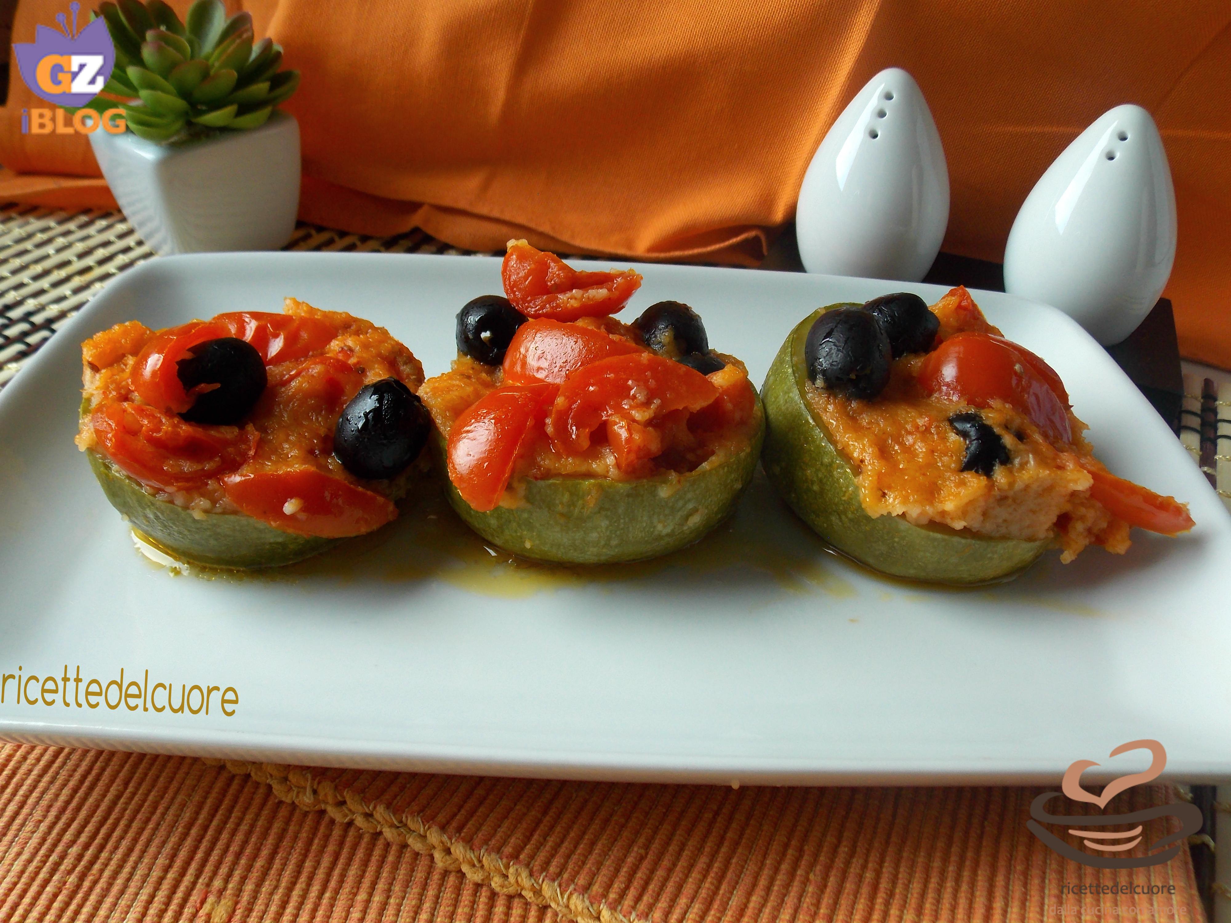 Zucchine ripiene di pomodorini e olive