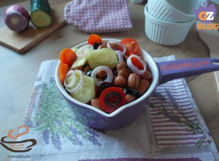 Insalata di borlotti cetrioli olive e datterini